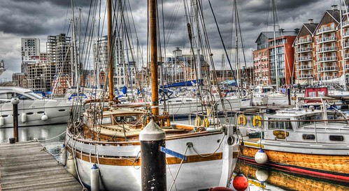 Ipswich Marina- Wide crop