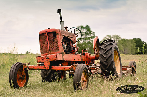 ugly tractor 2-5114