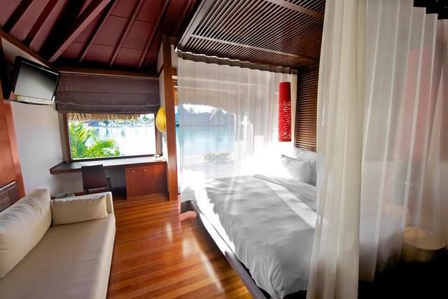 Le Meridien Bora Bora—Villa - Bedroom