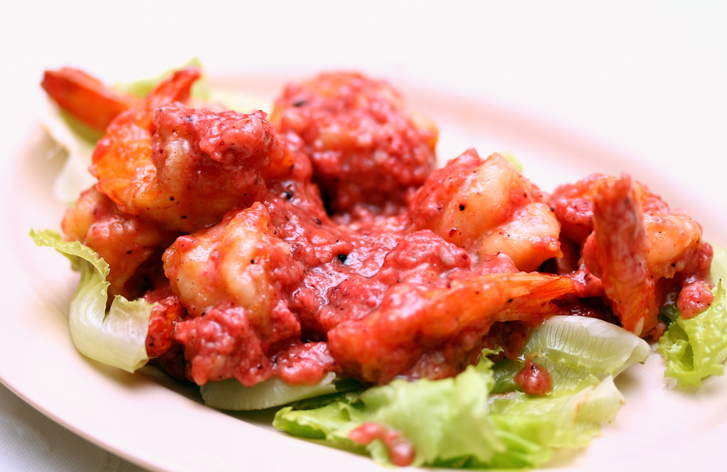 Plum Village Restaurant: Fried Prawns with Hakka Wine