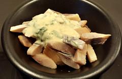 Aringa affumicata con salsa al roquefort