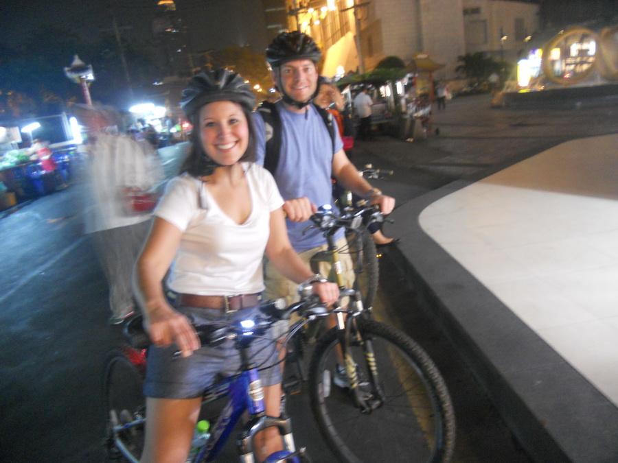 Cycling Bangkok-Night bike