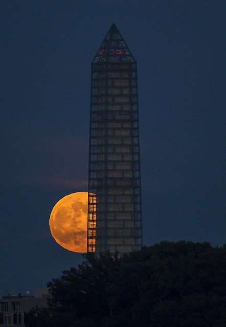 2013 Supermoon (201306230001HQ)