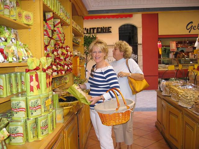 Suzanne Cavanagh - 08/07/13 - www.MyFrenchLife.org