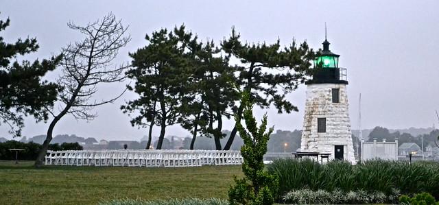 newport rhode island lighthouse