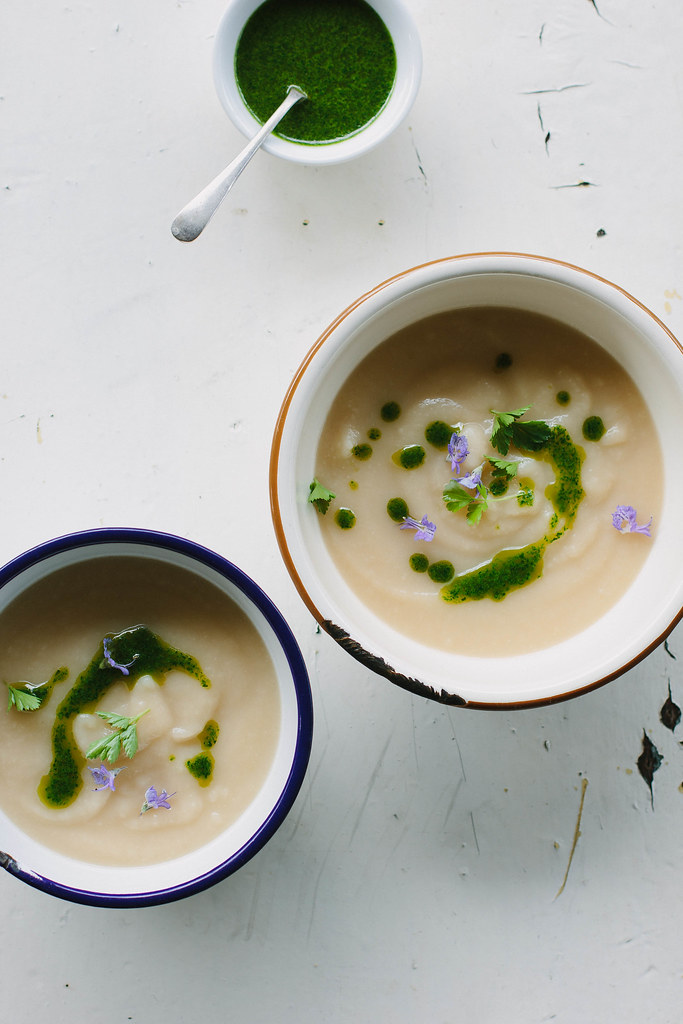 celeriac soup with rocket oil {vegan}
