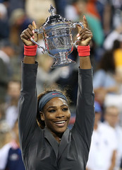 Serena Williams defeats  Victoria Azarenka to win the 2013 US OPEN
