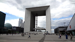 La Grande Arche de la Fraternité. Paris. France