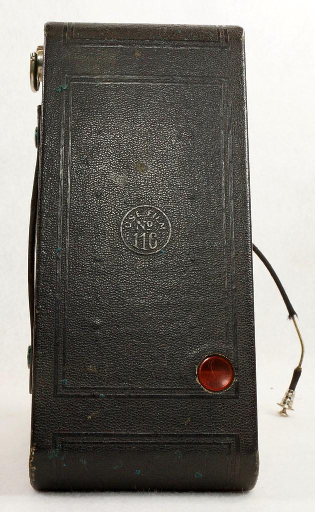 RD14615 Vintage Kodak Hawkeye No 2A Model B Folding Cartridge Camera with Leather Carry Case DSC06528