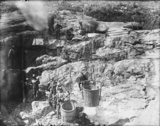 Men working at a phosphate mine, Crown Hill Mine, Buckingham, Quebec/ Travailleurs dans une mine de phosphate, mine Crown Hill, Buckingham (Québec)