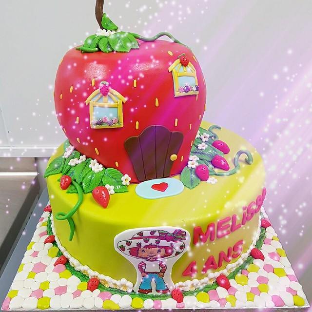Cake by La Boulangerie D Angélique