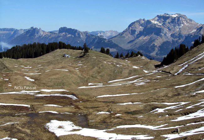 fonte des neiges dans le Vercors par le soleil et la chaleur du 7 avril 2011 météopassion