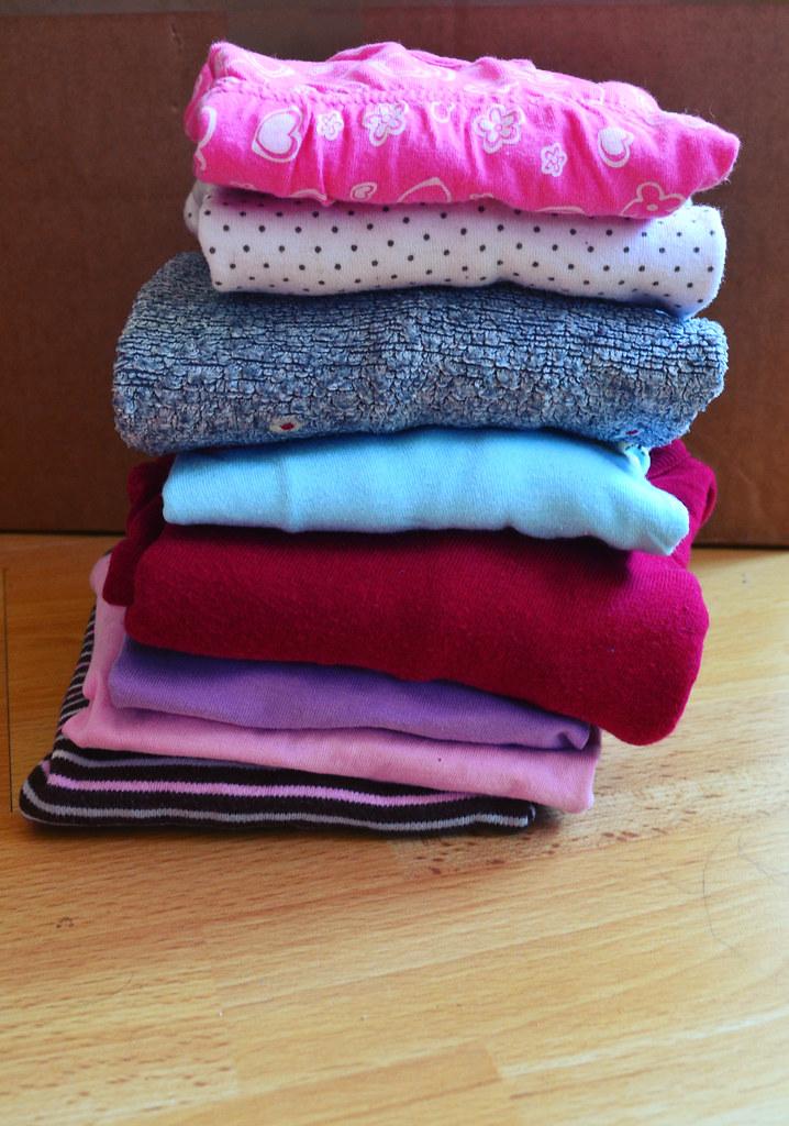 Ich habe Wäsche aussortiert und festgestellt, dass Kinder Unmengen davon verbrauchen