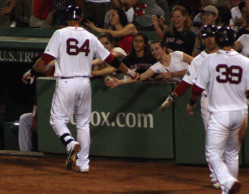 Middlebrooks high-fives fans