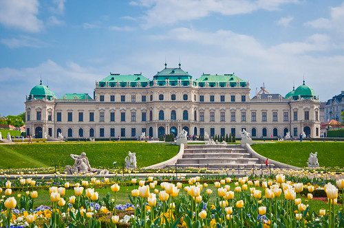 rentalcars24h_5_Awesome_palaces_in_Vienna_you_cannot_miss2