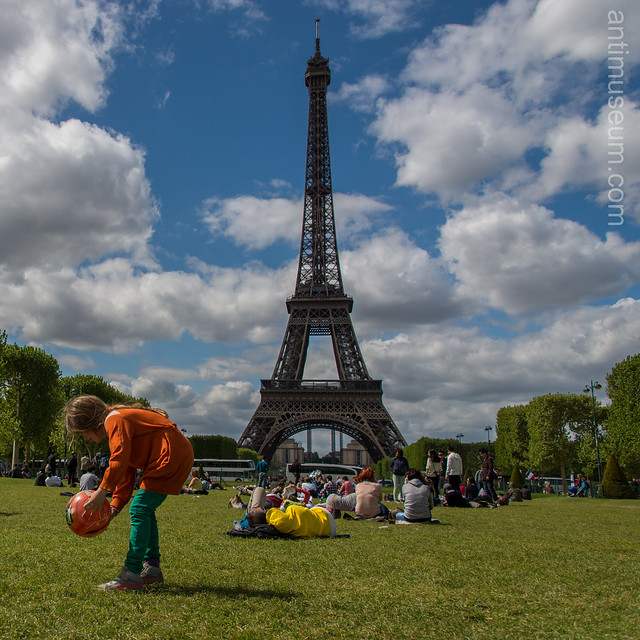 photographie - Eiffel tower & champs de mars