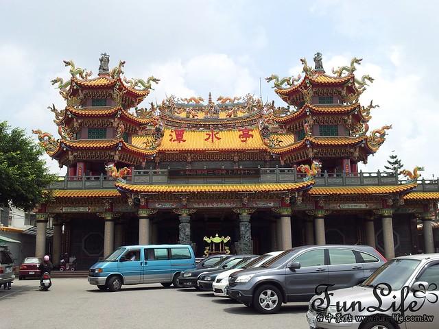 潭水亭奇觀-廟中有廟
