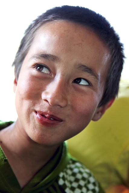 A boy in Kumul (Hami) ハミの少年