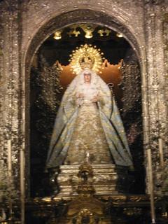 2013-02-sevilla-20-basilica macarena