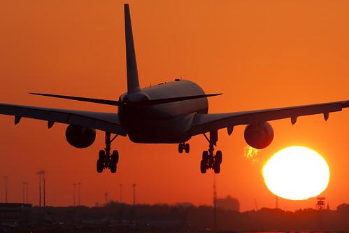 Airbus A330 Sunrise Landing