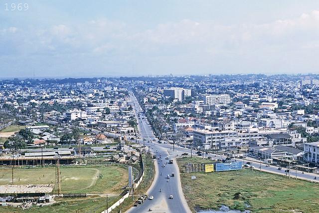 Saigon 1969 - Đường vào sân bay TSN