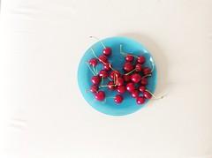 Un Plat de cerises by Julie70