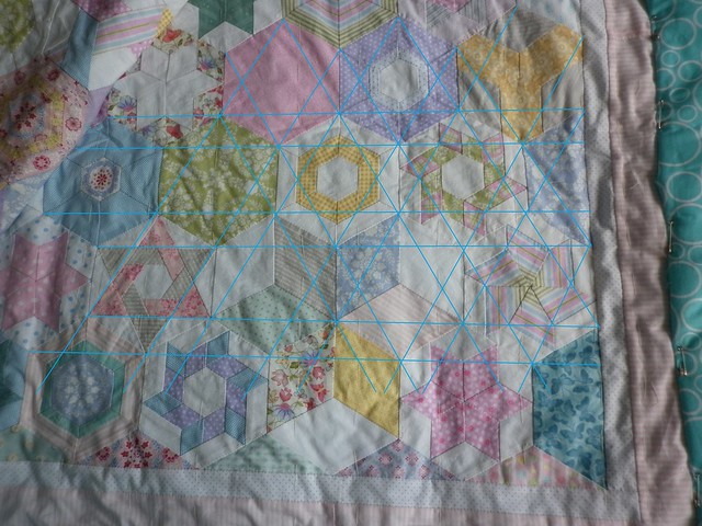 Another possible quilting design for hexy quilt