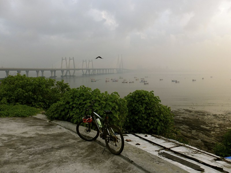 Worli Fort - cycle, sea link, and Mahim bay