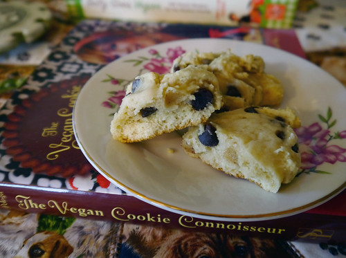 K is for Kelly's Choc Chip Cookies [Vegan Cookie Connoisseur] (0030)
