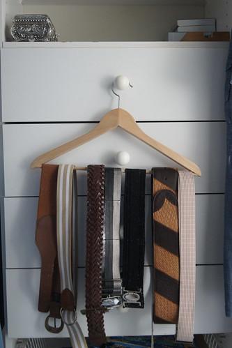 wardrobe declutter DSC03157