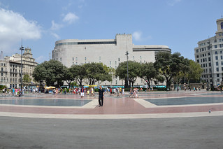 Catalonia Square 在 扩展区 附近 的形象. barcelona españa square spain place catalonia catalunya espagne cataluña spanien barcelone katalonien catalogne ciutatvella laplaçacatalunya