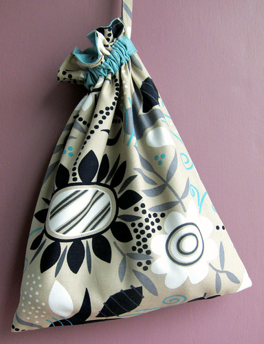 Dead easy drawstring bag