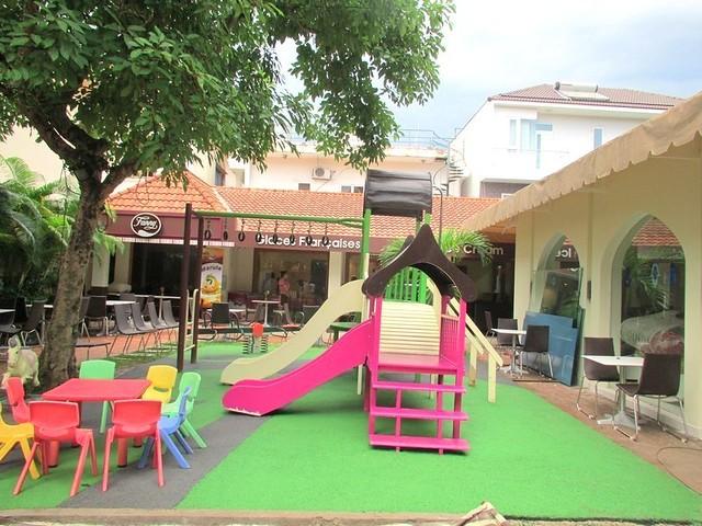 Tư vấn, thiết kế, lắp đặt sân chơi trẻ em, sàn cao su, dụng cụ thể thao,công viên nước- Công Ty Hasake