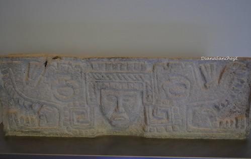 Tallado que representa a un gobernante, Yaxcaba Yucatan
