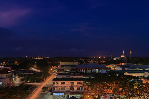 longexposure night digital town lowlight village mosque malaysia borneo blended brunei dri sabah masjid blending labuan annur canontse24mmf35lii
