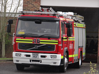 Hampshire Fire & Rescue Service - Totton 46 Volvo Water Tender ( HX56 RGV )