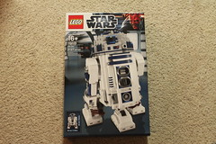 Ultimate Collector Series R2-D2 (10225)