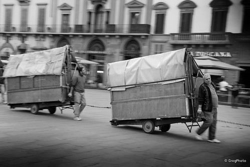 People  in Florence. 2