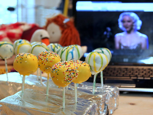 cake pops and Marilyn