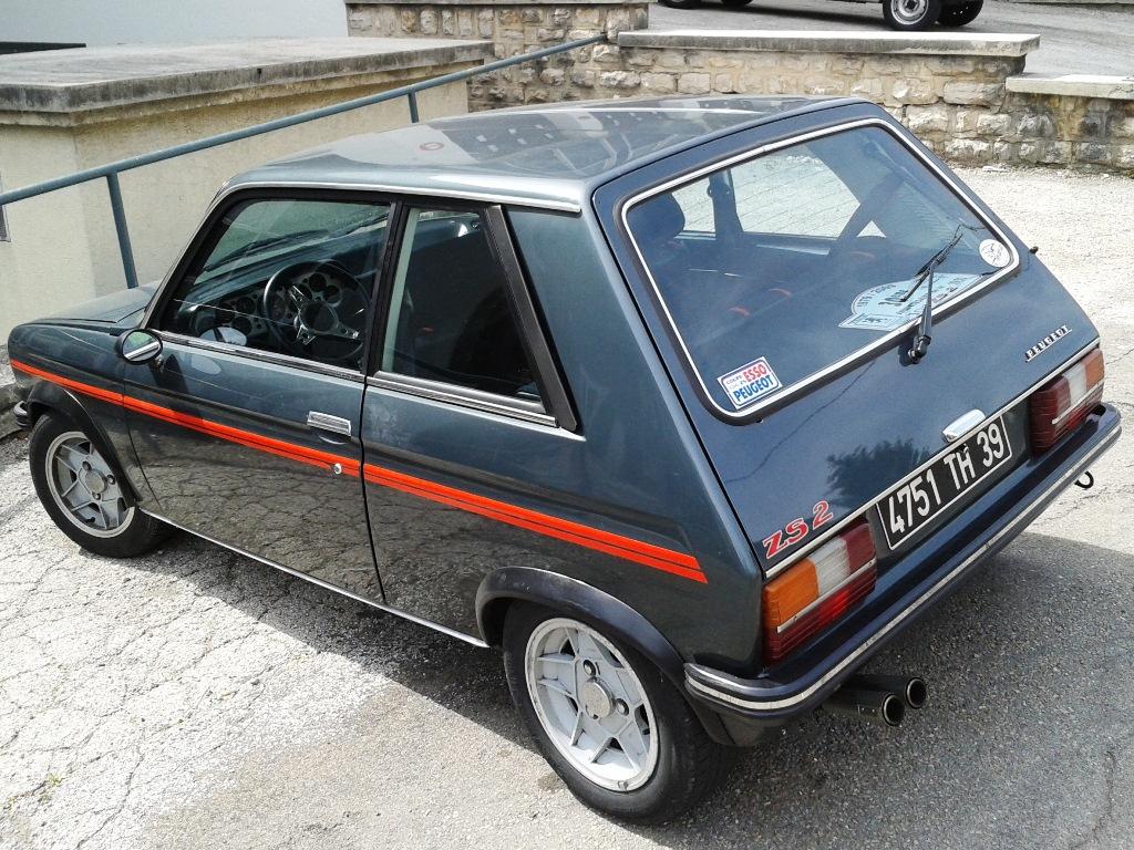 A 104ZS és a Renault 5 Alpine voltak az első, vérbeli hot-hatchek, azaz az olcsó, egyszerű kisautók erős változatai