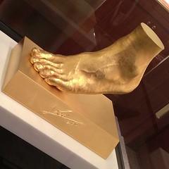 メッシの黄金の左足