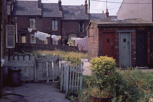 Daniel_Hill_St_Backyard_to_Harold_St_1970s_AB010_Alan_Philpotts