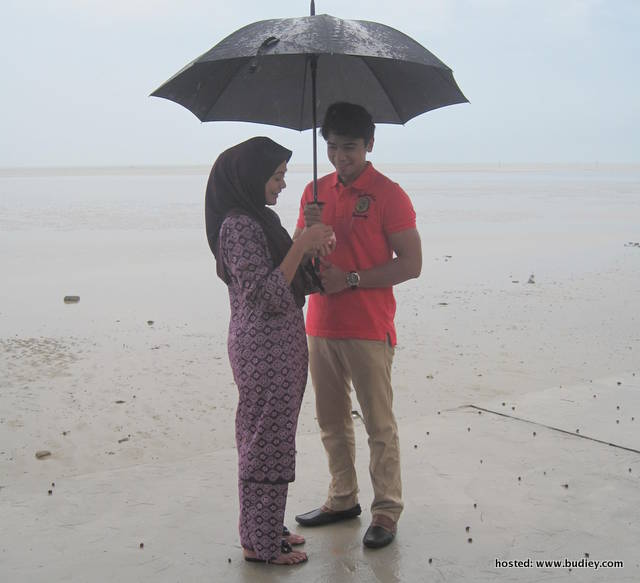 babak romantik suami isteri, Johari dan Lili