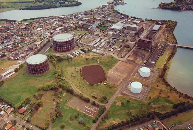 AGL Mortlake Gas Works Sydney aerial photo c1985