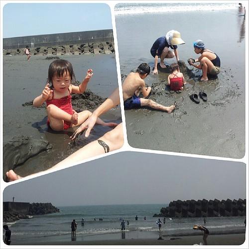 海! 砂遊びも波遊びもがっつり楽しんで来ました。 おばあちゃんちから車で10分以内なので、滞在中は毎日海水浴できる。