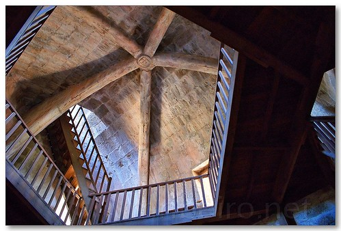 Interior da torre de menagem do castelo de Sabugal by VRfoto