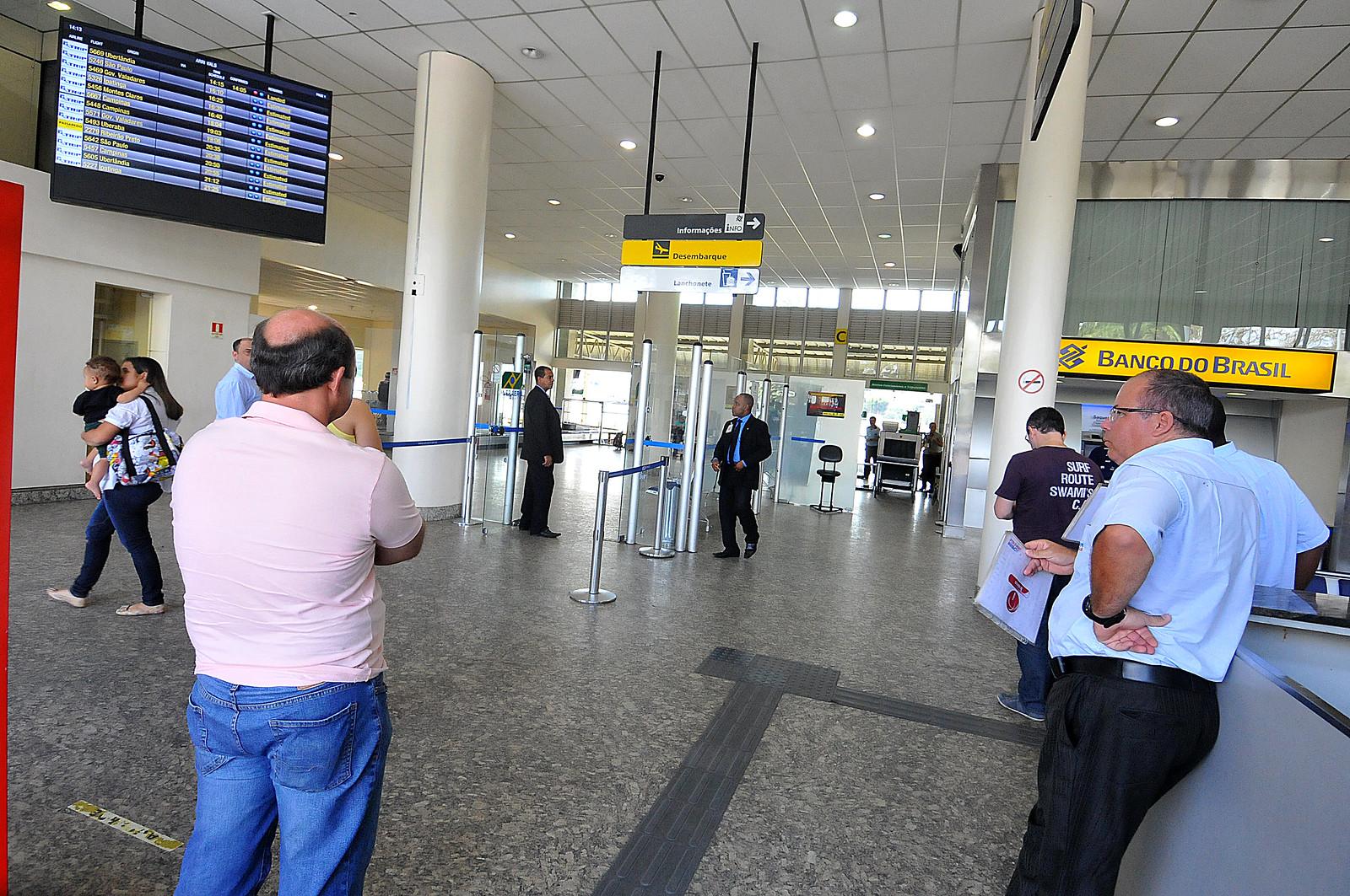 Pagina 1 - Aeroporto da Pampulha - Divino Advincula (24)