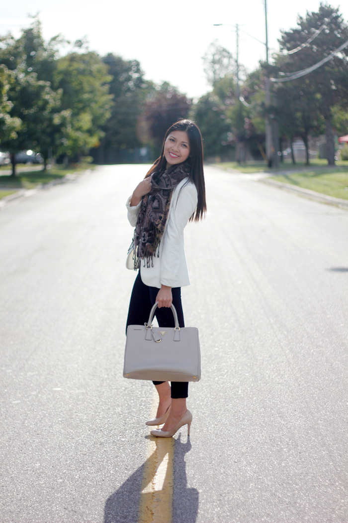 Structured blazer and textured scarf (1)