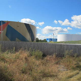 Oil tanks from Sprague Energy terminal. Photo: Susan Sharon 10082013