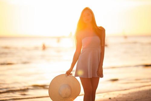 travel light sunset sea portrait woman sun sunlight beach girl beautiful beauty hat canon island model asia dress view body philippines blonde boracay russian whitebeach russiangirl